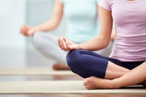 yoga-teachers-treating-clients-with-medical-conditions
